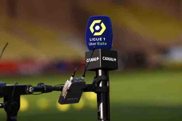 La LFP a attribué à Amazon les lots abandonnés par Mediapro, soit huit matches de L1 et huit de L2 jusqu'en 2024. Canal+ conserve ses deux rencontres actuelles de L1. La LFP va encaisser 663millions d'euros par an.