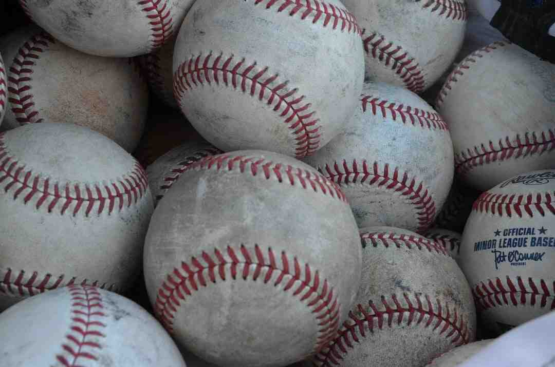 Comment  Jouer au baseball
