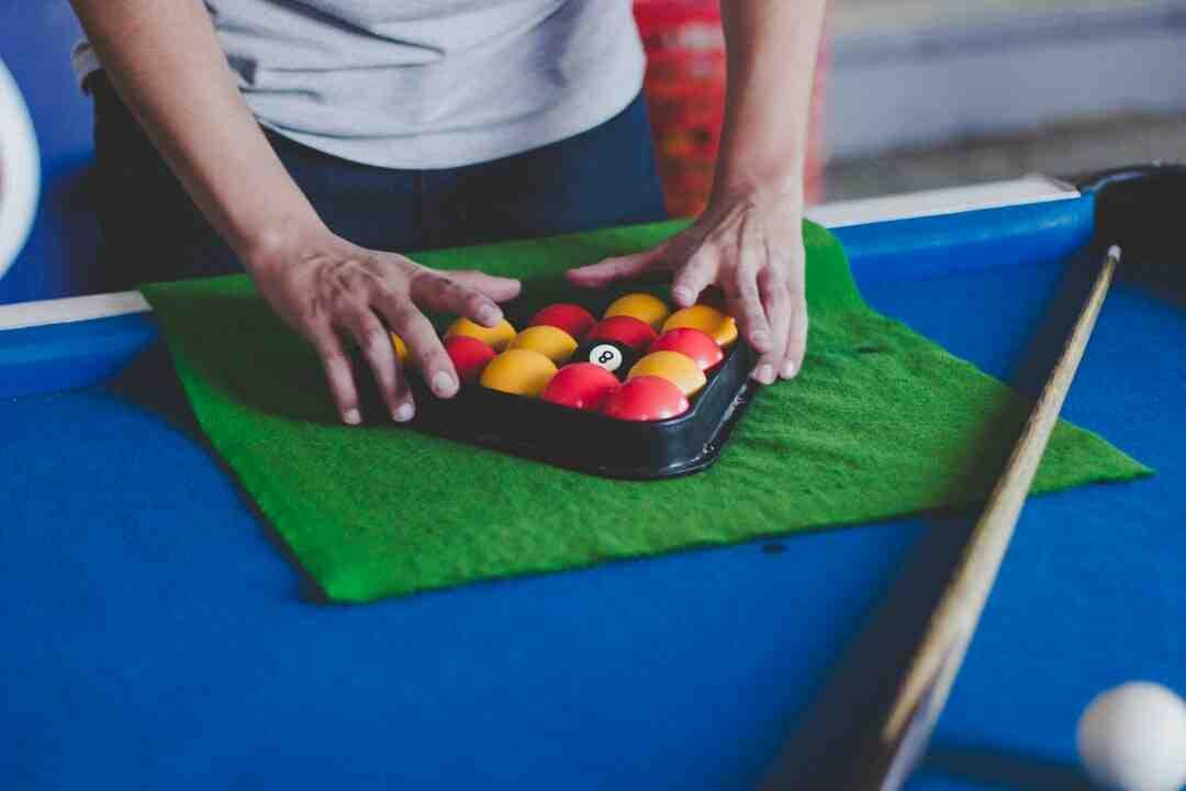 Comment  Jouer au billard carambole