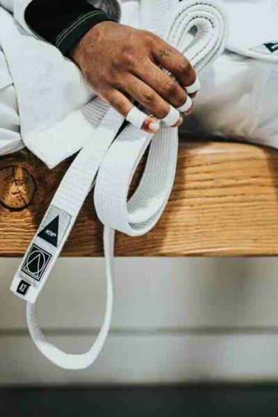 Comment  Nouer une ceinture de ju‐jitsu